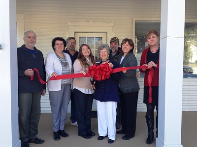 AAC Tax Service Ribbon Cutting
