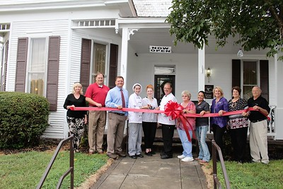 The Franklin County Chamber of Commerce recently held a ribbon cutting for Valley Cove Bistro