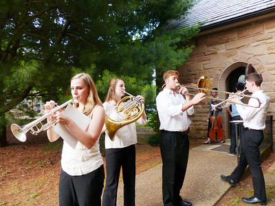 Members of the Sewanee Summer Music Festival practice outdoors. Photo by Lyn Hutchinson