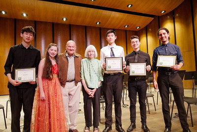 Mayna and Walter Nance with the  ve  nalists of the Jacqueline Avent Concerto Competition. From le : Ryan Huo, violin, Henan, China; Bethany Bobbs, cello, Houston, Texas; Walter and Mayna Nance; Bowen Ha, double bass, Shanghai, China; Jared Murray, cello, Lanesville, Ind.; and Gustavo Arauz, violin, San Jose, Costa Rica