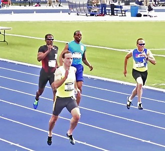 William Yelverton is shown in front, left at the USA Track and Field 400m race.