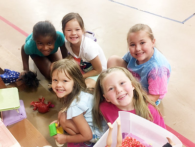 Mattie Hill, Chasity Ray, Joslin Blair, Beautifull Perkins, Amelia Sherman and Ava Sherman enjoy their special play time together at Decherd Extended School Program. Photo by Delinda McDonald