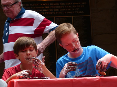 Under 12 pie eating contest