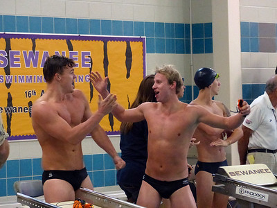 Michael Whitehead (left) and Kipling Klimas congratulate each other a er Sewanee's win in the 200 medley relay; Mac McNally and Kyle Schnell raced the other two legs for the team. Photo by Lyn Hutchinson