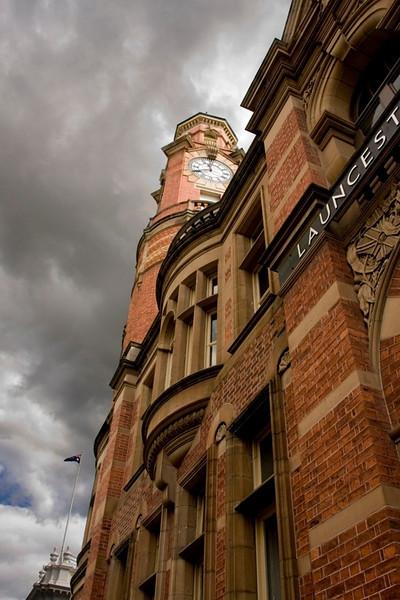 YE-CR-Tasmanian_Town_Clock-SmithT