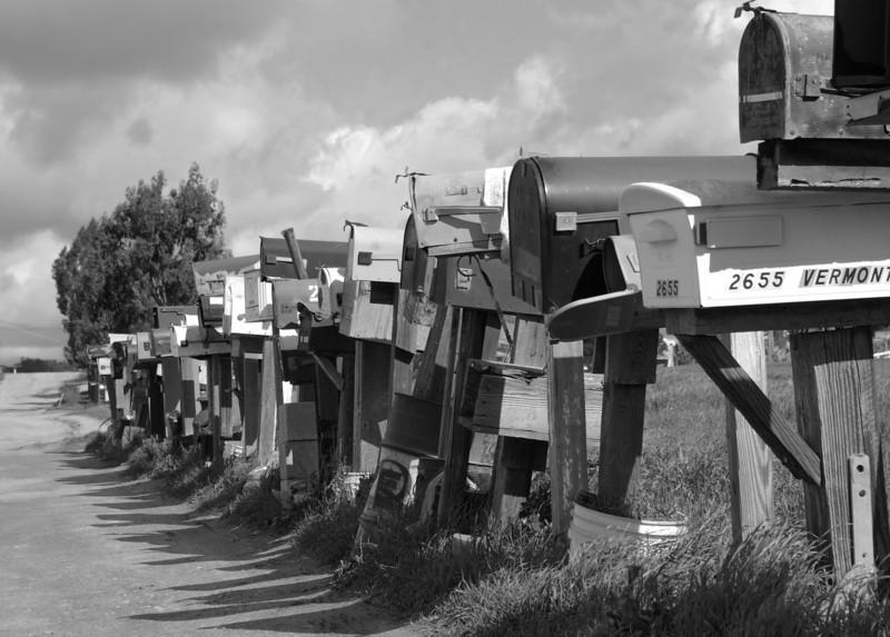 YE-BW-Letterbox-row-LaneM