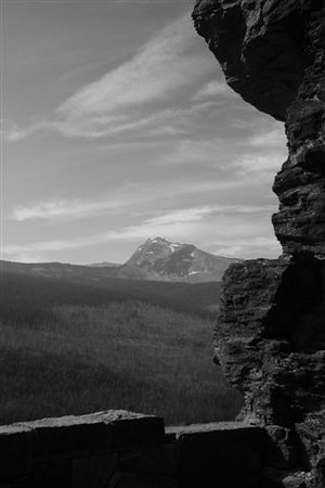 BW-Between_a_Rock_and_a_Hard_Place-WasylowA
