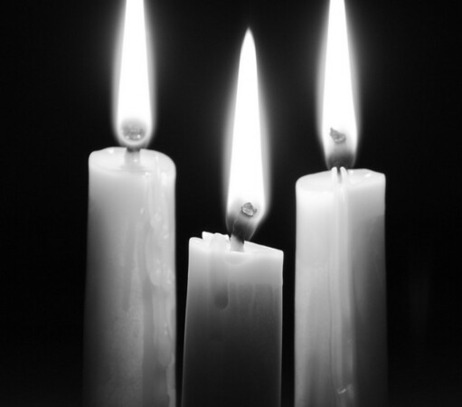 BW-Candle_Flames-NotonH
