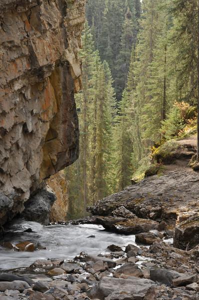 CO-Johnston  Canyon-HoltkampH