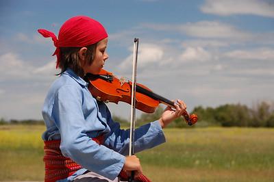 PO-Batoche Fiddler-HoltkampH