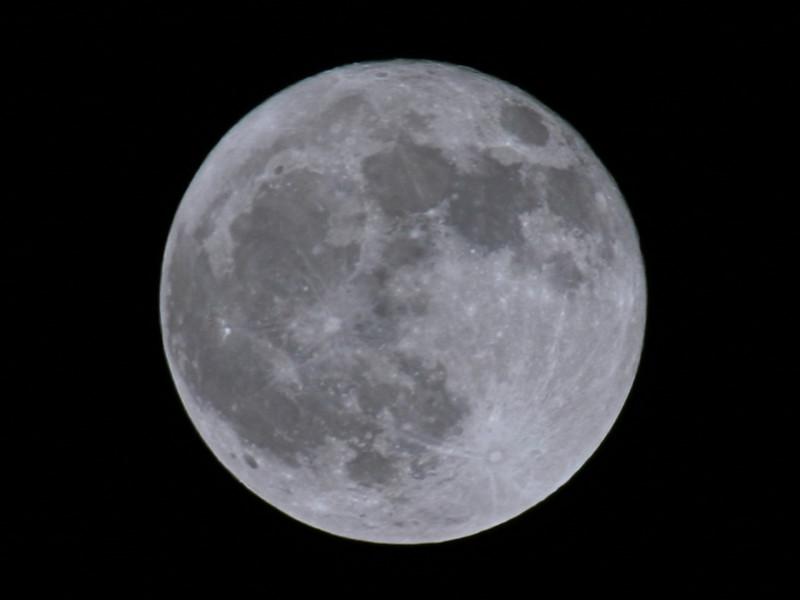 BW-How High The Moon-Ian Sutherland