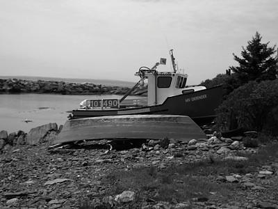 BW-Boats on Shore-Theresa Pearson