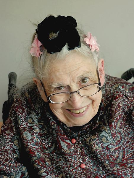 PO-Effervescent Lady-Helen Brown
