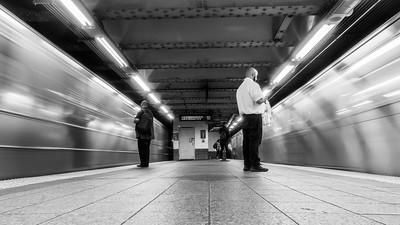 BW-Subways Synchronized-Tom Kroeker