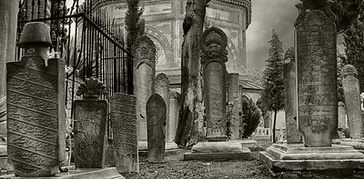 BW-Graveyard , Istanbul-Barry Singer