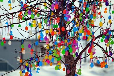 TR-Easter Tree-Jessica Dyok