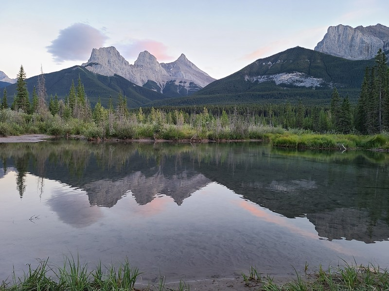 2-Peaceful Evening Over The Three Sisters-Jessica Dyok