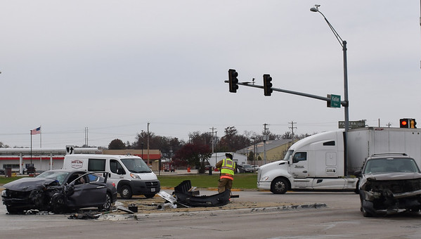 Effingham fire and police and Abbott EMS responded to a two vehicle crash on Keller Drive near Taco Bell, around noon Monday. Dawn Schabbing photo