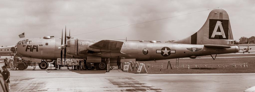 B/W B-29