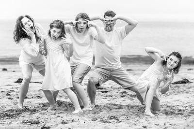 Multi-Family Portrait Photography on the Beach in Santa Cruz