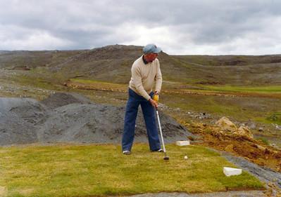 Sverrir Guðmundsson á fyrsta teig.