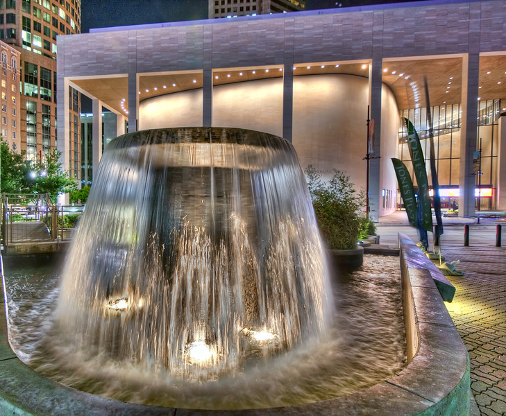 Jones Plaza Fountain