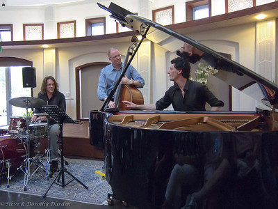 Tom Vincent Trio at Baha'I Centre