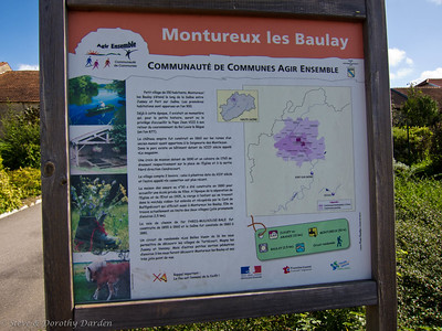 We stopped at Montureux les Baulay for a picnic lunch.