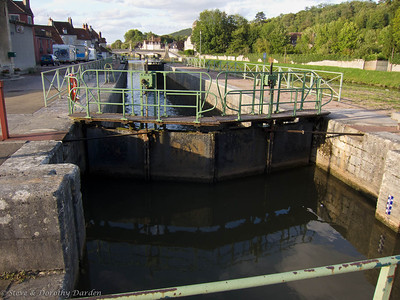 Canal and lock on the Yonne River in Clamecy
