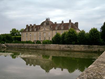 Chateau Fontaine-Francaise, historic monument