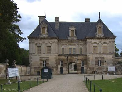 Chablis: Chateau de Tanlay