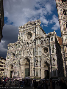The facade of Il Duomo del S. Maria di Fiori