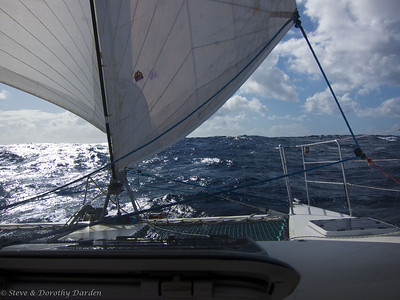 Sailing wing on wing under jib and reacher