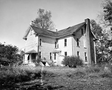 Mayhew House003