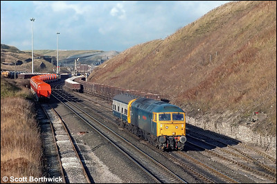 47621 'Royal County of Berkshire' works a route learning special to Buxton at Peak Forest South on 20/11/1986.