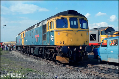 33056 'The Burma Star' + 33027 'Earl Mountbatten of Burma' are exhibited at Coalville Mantle Lane's 'Open Day' on 31/05/1987. The pair had arrived at the Leicestershire depot with 'The Coalville Scrutator' railtour from London St Pancras.