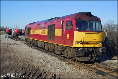 60097 'ABP Port of Grimsby & Immingham' is pictured stabled between duties at Bedworth Murco Sdgs on 14/03/2003. It would later work 6E70 1658 Bedworth Murco Sdgs-Port Clarence.