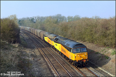 47739 'Robin of Templecombe'+47727 'Rebecca' pass Claydon with 6Z48 1305 ThO Burton upon Trent West Yard-Dollands Moor on 19/03/2009.