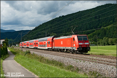 DBAG Class 146, 146 237, propels RE5318 1533 Kreuzlingen-Karlsruhe Hbf through the Black Forest passing Singersbach  on 12/07/2012.