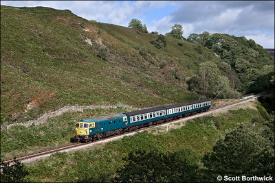 33108 descends the bank at Thomason Foss whilst working 2G36 1505 Goathland-Grosmont on 14/09/2012.