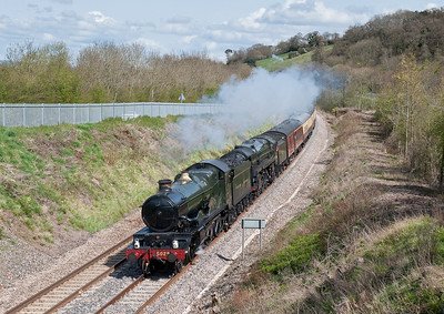 "050409 Nunny Castle and Oliver Cromwell on 1Z52 ""The Royal Duchy"" Westbury-Par at Cullompton"