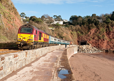 67017 tnt 67016 0800 Cardiff-Paignton at Parsons tunnel
