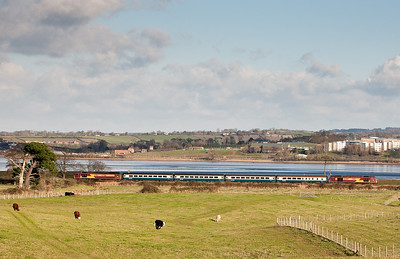 67016 with 67017 on 1247 Paignton-Cardiff.Near Powderham