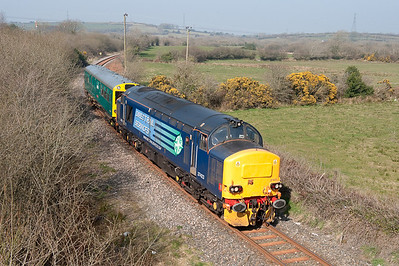 180309 37423 approaches Bugle with 2Z02 Penz-Swindon (via Newquay)