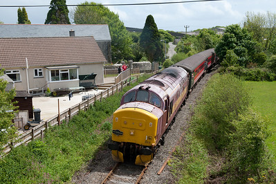 160509 37670 rounds the curve at Lanjeth en route to Parkandillack