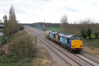 37059/37608 6M67 Biidgewater-Crewe extra flask train at Claverham.