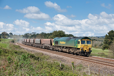 66602 passes Carlyon Bay with the first portion of the Burngullow-Hackney sandliner