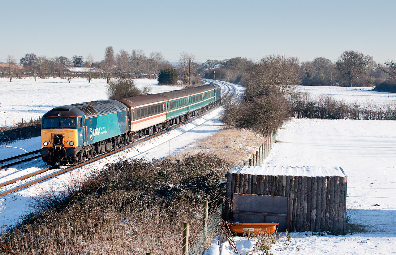 57315 Tnt with 57316 pass creech St Michael some 50 minutes late with the ECS 1009 WSM-Taunton