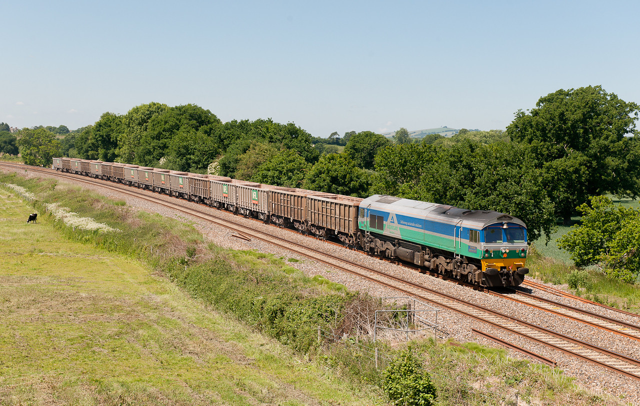 59001 on the 6C28  (Q)  11:58  Exeter Riverside-Westbury