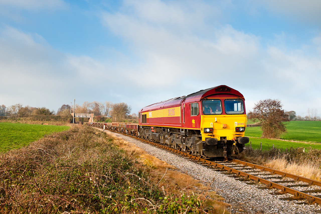 6Z28 passes Longlands farm